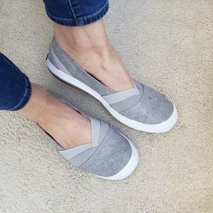 Keds 8.5 Gray Slip On Sneakers Shoes Flats